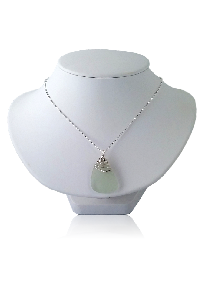 20170203_121015 Sea Glass Neclace on Bust_clipped_rev_2